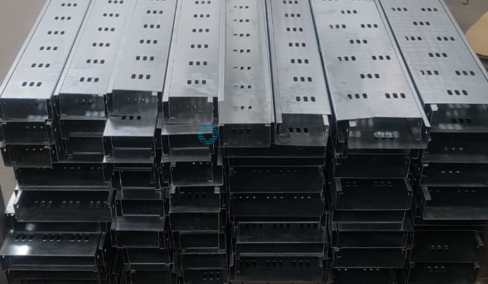 Cable Tray - 400mmx25mmx2440mm
